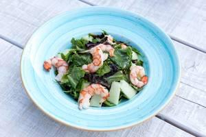 Shrimp salad with melon, prosciutto and lemon-caviar cream