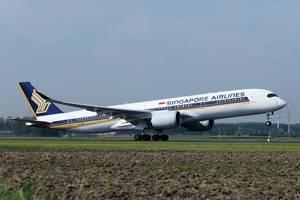 Singapore Airlines startet vom Flughafen Amsterdam-Schiphol