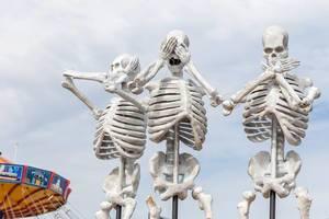 Skelette mimen Affen-Emojis: Nichts hören, nichts sehen, nichts sagen