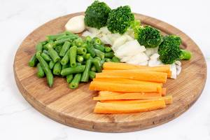 Sliced Carrot with Green Beans Onions and Broccoli