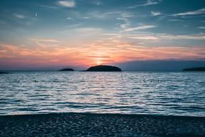 Sonnenuntergang am Meer in Vrsar, Kroatien