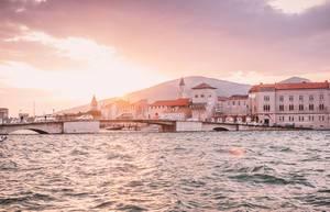 Sonnenuntergang in der Altstadt von Trogir