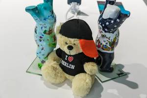 "Souvenirs from the capital city of Germany: painted Berlin bears and teddy bears with ""I love Berlin"" shirt"