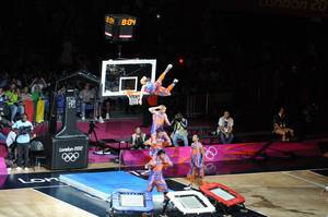 Spaßige Dunk Show bei den London Olympics 2012