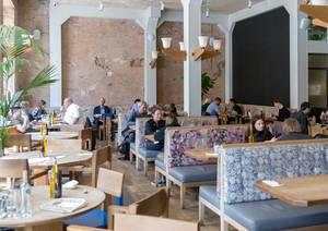 Speiseraum des Flax und Kale Restaurants in Barcelona, Spanien