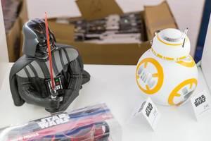 Star Wars Roboter Darth Vader und BB-8 - Gamescom 2017, Köln