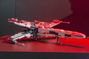 Star Wars X-Wing Raumjäger aus LEGO