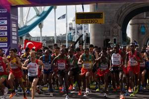 Startschuss (Marathon Finale) bei den  IAAF Leichtathletik-Weltmeisterschaften 2017 in London