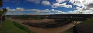 Staudamm Itaipu in Brasilien und Paraguay