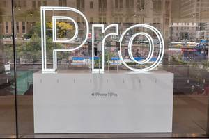 Store window display for the iPhone 11 Pro at Apple Michigan Avenue in Chicago