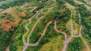 Straßenbau in Salvadore Benedicto aus der Vogelperspektive