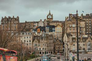 Street view of Edinburgh  (Flip 2019)