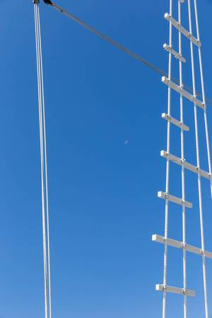 Strickleiter auf einem Segelschiff