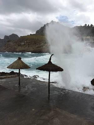 Stürmische See in Alkudia