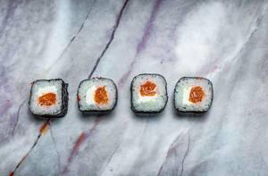 sushi with salmon (Flip 2019)