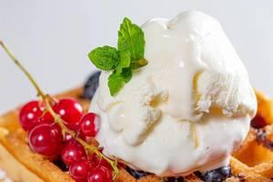 Sweet homemade berry belgian waffle with ice cream (Flip 2019)