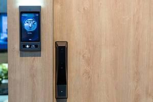 TCL Smart Home Haustürklingel mit Kameraüberwachung