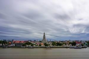 Tempel Wat Arun Langzeitaufnahme in Bangkok, Thailand