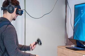 Testing of Windows Mixed Reality Headset