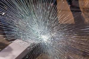 The pattern of a broken glas window