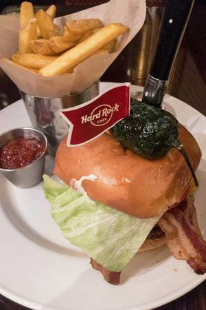 The Texan Burger im Hard Rock Cafe Cologne