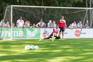 Thomas Kessler beim Training - 1. FC Köln