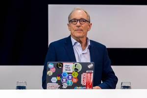Tim Berners-Lee interviewed on stage at Digital X in Cologne 2019