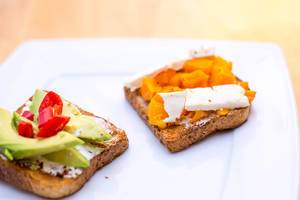 Toast with Pumpkin, Cheese and Avocado