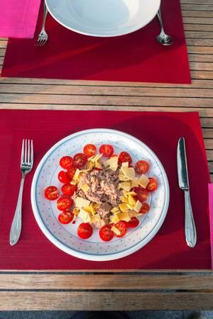 Tuna, cheese and cherry tomatos