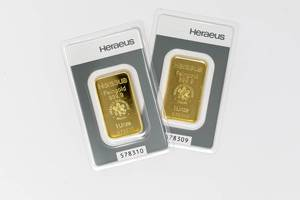 Two Heraeus gold bars in close-up