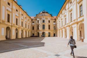 U-förmiges Schloss in Slavkov und Brünn, Tschechien
