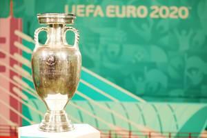 UEFA EURO 2020 Trophäe