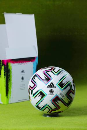 Uniforia, the official ball of Euro 2020, unboxing, green background