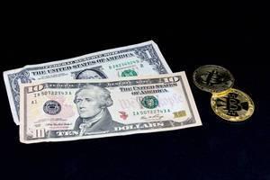 US-Dollar and Bitcoin