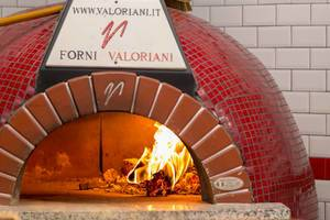 Valoriani pizza oven in a pizzeria in Moscow