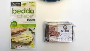 Vegan Einkaufen bei Aldi Süd: Bedda Aufschnitt auf Basis von Kokosöl und Das Pure Hafervollkornbrot mit 25 % Ölsaaten ohne Mehl und Hefe