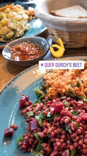 Vegan: Linsensalat, Bulgur und roter Beete