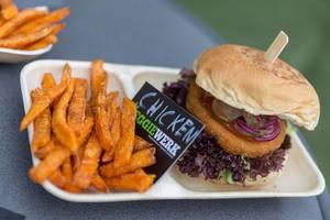 """Veganer """"Chicken"""" Burger von Veggiewerk"""