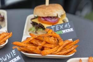 """Veganer """"Texas"""" Burger von Veggiewerk"""