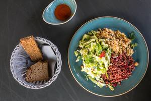 Veggie dish: lentils, beetroot, rice and a summer salad with strawberries