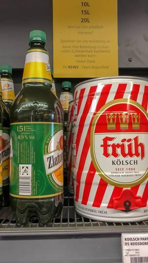 Verschiedene Biersorten, wie Zlatopramen in der 1.5 Liter PET Flasche oder Früh Kölsch im Fass