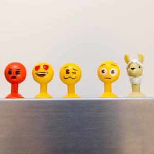 Verschiedene Emoji Figuren aus dem Aldi zum sammeln