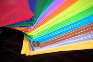 Verschiedene Farben Seidenpapier