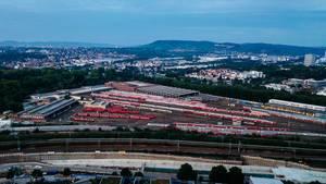 View of a Deutsche bahn hub / Ansicht einer deutschen Zugnabe
