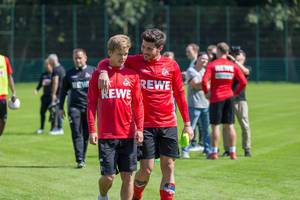 Vincent Koziello and Milos Jojic looking like best friends during training