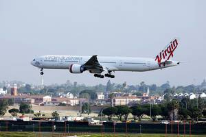 Virgin Australia Boeing B777 approaching Los Angeles Airport LAX