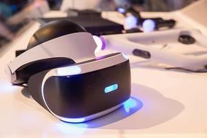 Virtuell-Reality-Utensilien von Sony