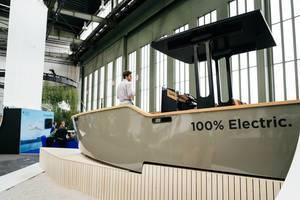 Vollelektrisches X-Shore Boot mit 100% Elektro, hergestellt in Schweden