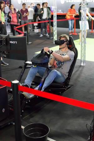 VR-Auto von Thunderobot im Einsatz