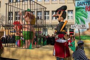 Wagen als Kritik an der Politik des türkischen Präsidenten Recep Tayyip Erdogan -  Kölner Karneval 2018